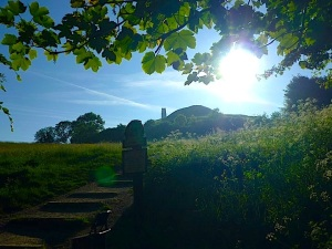 glastonbury tor:light_n