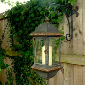 Salvage-chic-wall-lantern