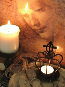 MARY:CANDLES