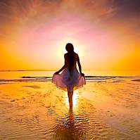 BLOG:5:11:14:beach-beautiful-beauty-dawn-of-a-new-day-girl-light-favim-com-40526